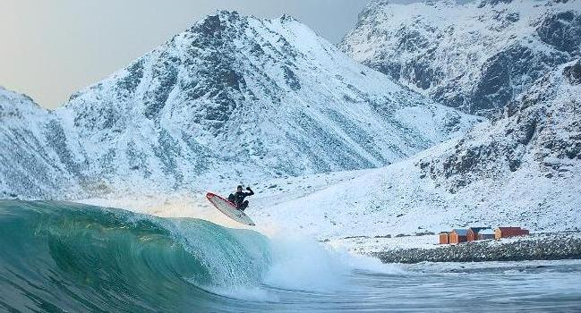 arctic-surfing-featured2